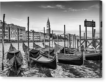 Venice Grand Canal And Goldolas In Black And White Canvas Print