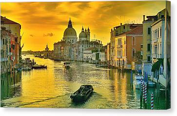 Golden Venice 3 Hdr - Italy Canvas Print by Maciek Froncisz