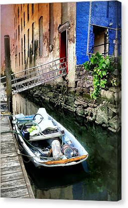 Ally Canvas Print - Venice In New York by Diana Angstadt