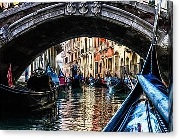 Venice Italy Gondola - Ride Through Canal Canvas Print