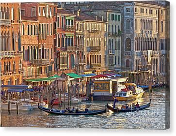 Venice Palazzi At Sundown Canvas Print by Heiko Koehrer-Wagner