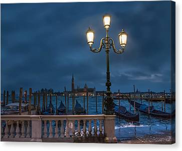 Venice Streetlight Canvas Print