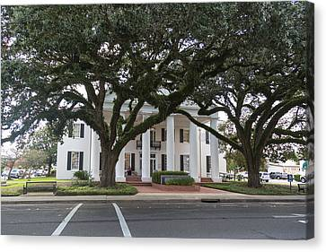 Vermillion Parish Courthouse Canvas Print