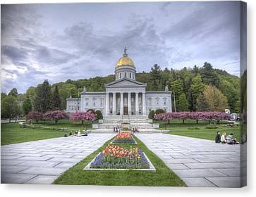Vermont State House Canvas Print by Steve Gravano