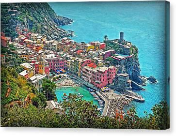 Vernazza Canvas Print by Hanny Heim