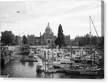 Victoria Harbour With Parliament Buildings - Black And White Canvas Print by Carol Groenen