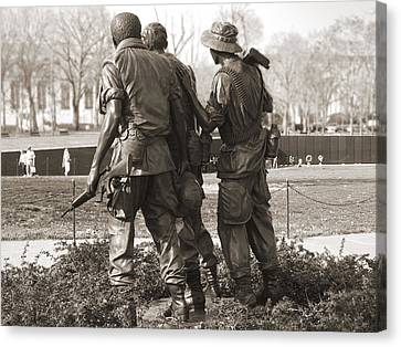 Vietnam Veterans Memorial - Washington Dc Canvas Print