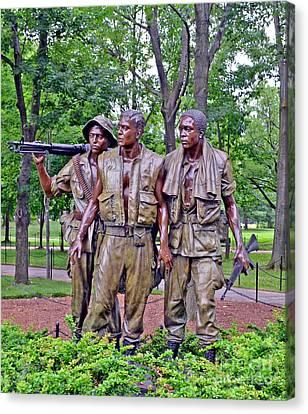 Vietnam War Memorial Three Servicemen Statue In Washington D.c. Canvas Print