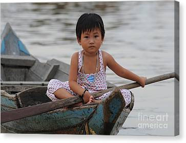 Vietnamese Girl On Lake Tonle Sap Canvas Print