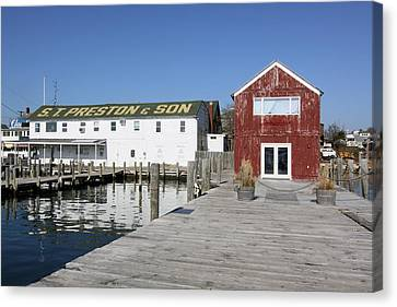 View From Pier Greenport New York Canvas Print by Bob Savage