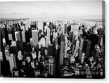 View North Towards Central Park From New York City Usa Canvas Print by Joe Fox