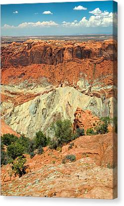 View Of Canyonlands National Park In Utah. Canvas Print by Rob Huntley