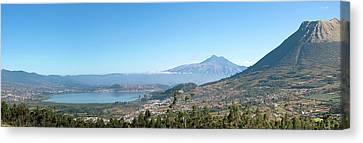 View Of Lago Del San Pablo And Imbabura Canvas Print