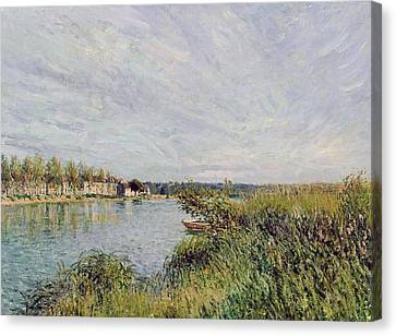 View Of Saint Mammes Canvas Print by Alfred Sisley