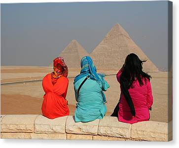 Canvas Print featuring the photograph Viewing The Pyramids by Laurel Talabere