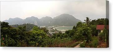 Viewpoint - Phi Phi Island - 01131 Canvas Print