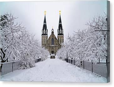 Radnor Canvas Print - Villanova University In The Snow by Bill Cannon
