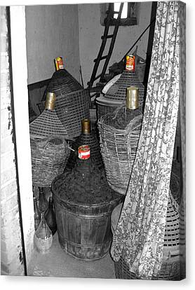 Canvas Print featuring the photograph Vino Chianti by Victoria Lakes