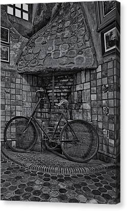 Byzantine Canvas Print - Vintage Bicycle Bw by Susan Candelario