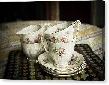 Vintage China Canvas Print by Lesley Rigg