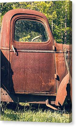 Vintage Old Rusty Truck Canvas Print by Edward Fielding