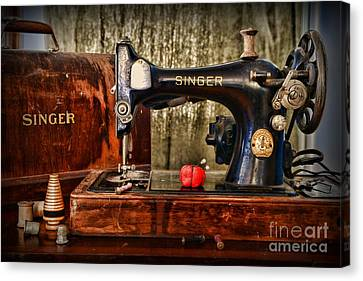 Vintage Sewing Machine Canvas Print by Paul Ward