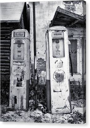 Vintage Shell Gas Pumps Canvas Print by Jack Zulli
