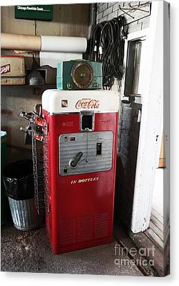 Vintage Soda Machine Canvas Print by John Rizzuto