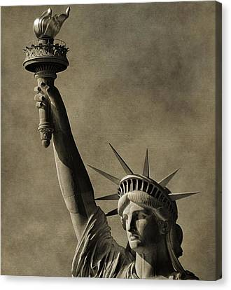 Vintage Statue Of Liberty Canvas Print