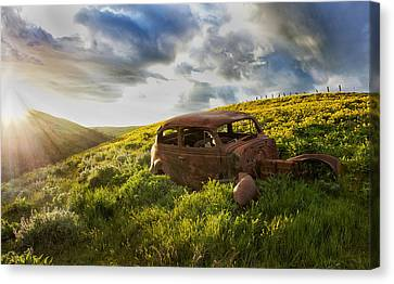 Vintage Sunset Canvas Print by Lee Gochenour