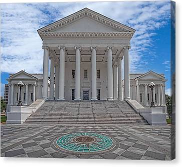 Canvas Print featuring the photograph Virginia Capitol by Jemmy Archer