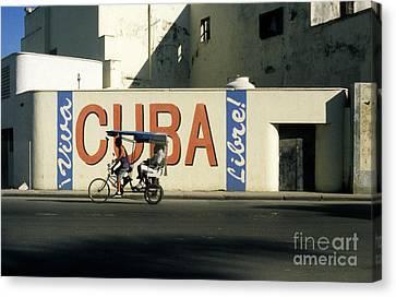 Viva Cuba Libre Canvas Print