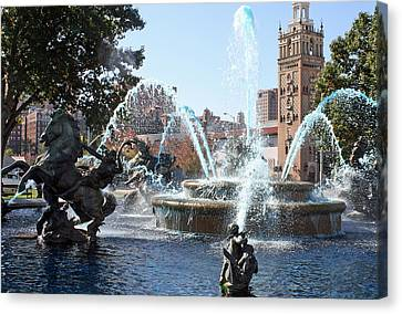 Jc Nichols Memorial Fountain In Blue Canvas Print by Ellen Tully