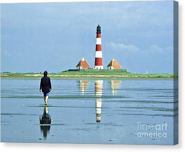 Wadden Sea With Westerhever Lighthouse Canvas Print