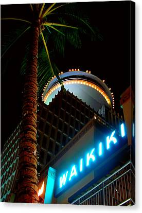 Waikiki Nightlife Canvas Print