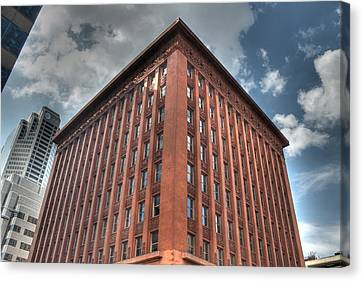 Wainwright Buidling Canvas Print by Jane Linders