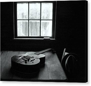 Waiting To Play Canvas Print by EG Kight
