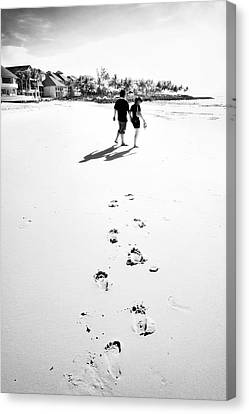 Walking In The Beach Canvas Print by William Voon