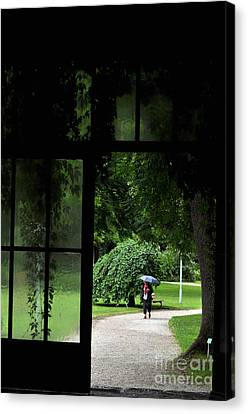 Canvas Print featuring the photograph Walking In The Rain by Simona Ghidini