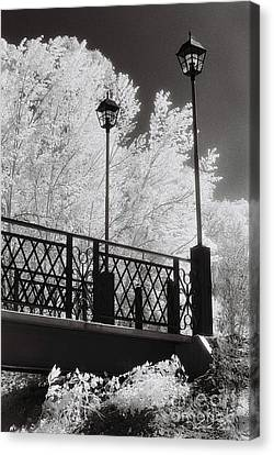 Streetlight Canvas Print - Wangaratta Footbridge by Linda Lees
