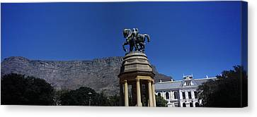 War Memorial With Table Mountain Canvas Print by Panoramic Images