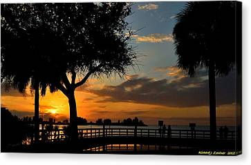 Canvas Print featuring the photograph Warm Glowing Sunset by Richard Zentner