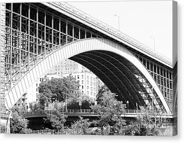 Washington Bridge New York City Canvas Print by Robert Yaeger