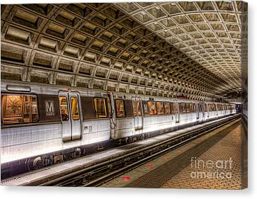 Washington Dc Metro Station V Canvas Print by Clarence Holmes
