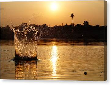 Water Bomb Canvas Print by Utkarsh Solanki