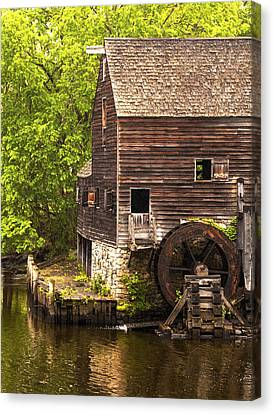 Canvas Print featuring the photograph Water Wheel At Philipsburg Manor Mill House by Jerry Cowart