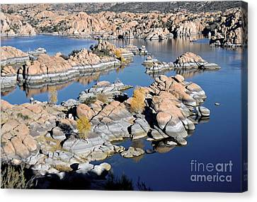 Watson Lake And The Granite Dells Canvas Print by Jim Chamberlain
