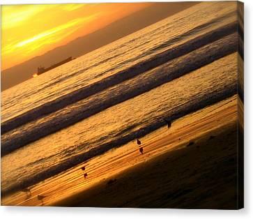 Waves Canvas Print by Jon Berry OsoPorto