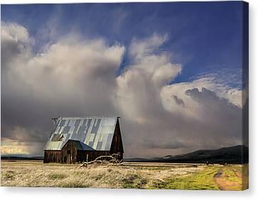 Wayman Barn In Adin Canvas Print