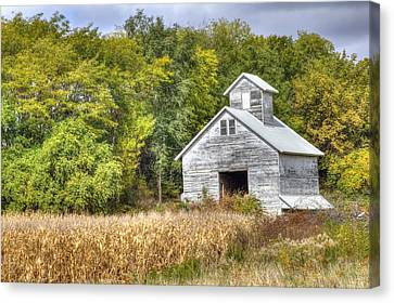 Weathered Barn Canvas Print